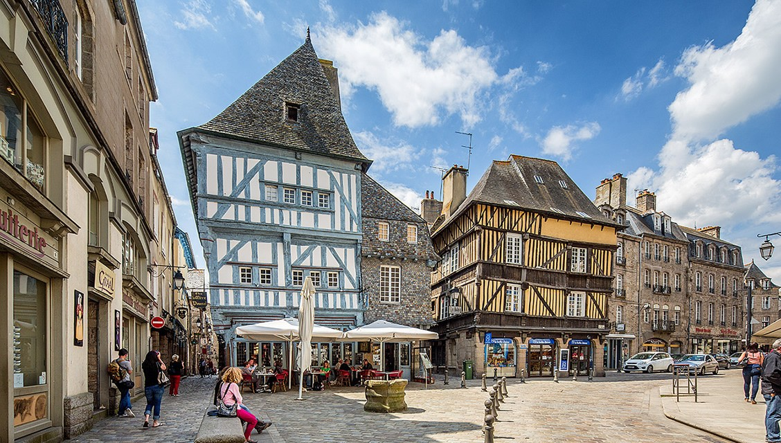Dinan (Динан), Бретань, Франция - достопримечательности, путеводитель по городу